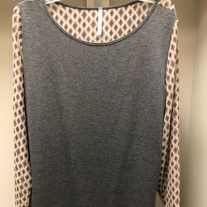 Tops - Gray blouse